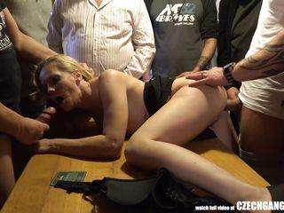 Немецкая групповуха порно видео