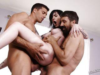 Красивое групповое порно онлайн